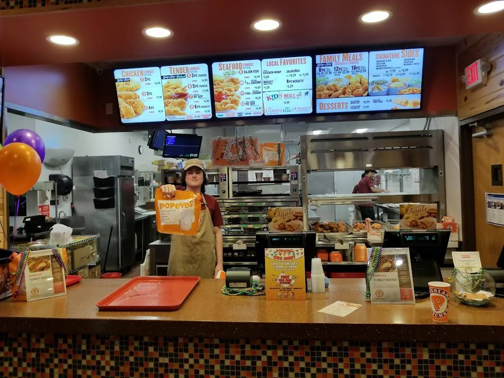 Popeyes Louisiana Kitchen - restaurant  | Photo 4 of 10 | Address: 1999 E Pecos Rd, Gilbert, AZ 85295, USA | Phone: (480) 963-1056