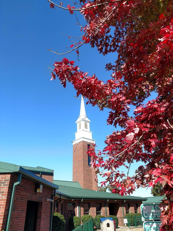 Christ Church - Mt. View - church  | Photo 3 of 10 | Address: 2416 Zion Church Rd, Hickory, NC 28602, USA | Phone: (828) 294-6858