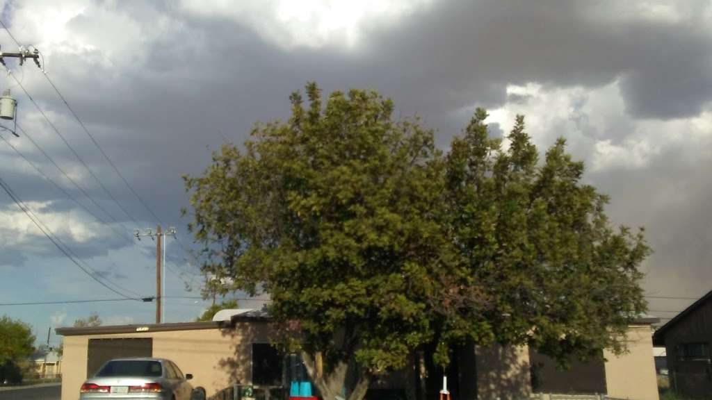 7th Av & Baseline Rd - bus station  | Photo 2 of 2 | Address: Phoenix, AZ 85041, USA