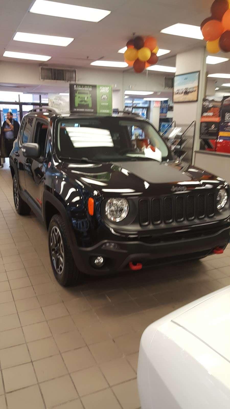Riverdale Chrysler Jeep Dodge Ram - car dealer  | Photo 10 of 10 | Address: 5869 Broadway, Bronx, NY 10463, USA | Phone: (718) 548-2800