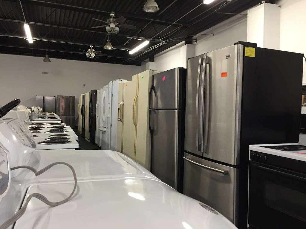 Globe Appliance & Mattress - furniture store    Photo 5 of 10   Address: 8559 S Ashland Ave, Chicago, IL 60620, USA   Phone: (773) 716-7376