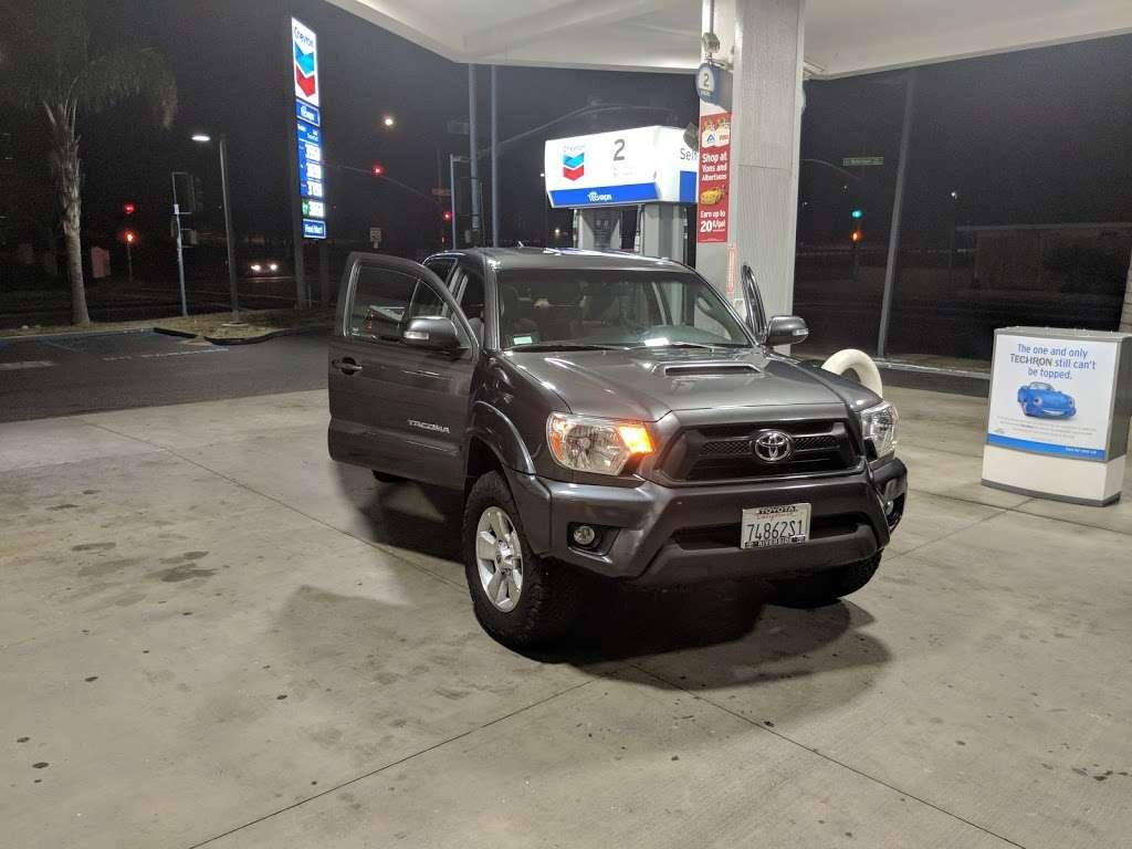 Chevron San Bernardino - gas station  | Photo 1 of 6 | Address: 295 E 40th St, San Bernardino, CA 92404, USA | Phone: (909) 882-8313