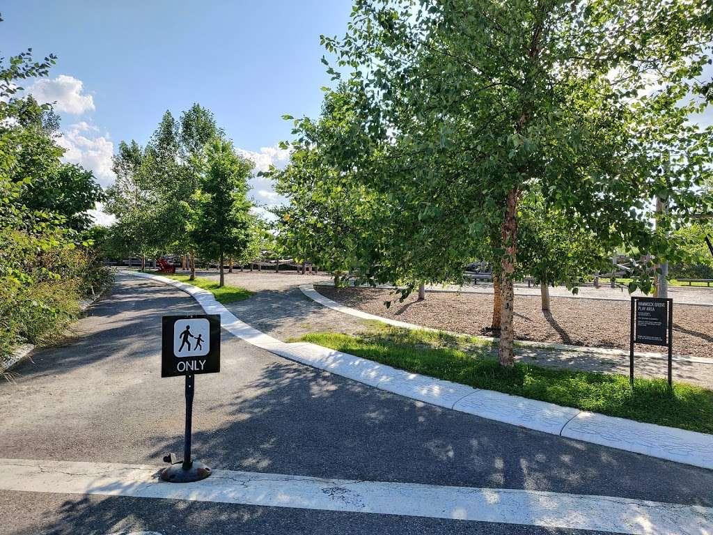 Hammock Grove Play Area - park  | Photo 6 of 10 | Address: New York, NY 10004, USA