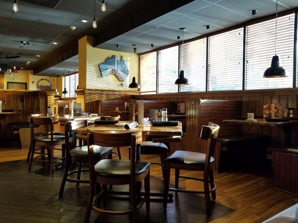 Outback Steakhouse - restaurant  | Photo 3 of 10 | Address: 455 Harmon Meadow Blvd, Secaucus, NJ 07094, USA | Phone: (201) 601-0077