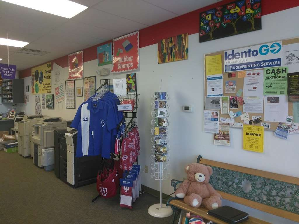 Mailing Station - store  | Photo 4 of 10 | Address: 5868 East 71st Street, #E, Indianapolis, IN 46220, USA | Phone: (317) 841-7506