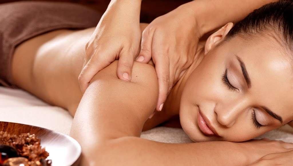 Lotus Asian Massage - spa  | Photo 6 of 7 | Address: 2724 N Waterman Ave J, San Bernardino, CA 92404, USA | Phone: (909) 881-0174