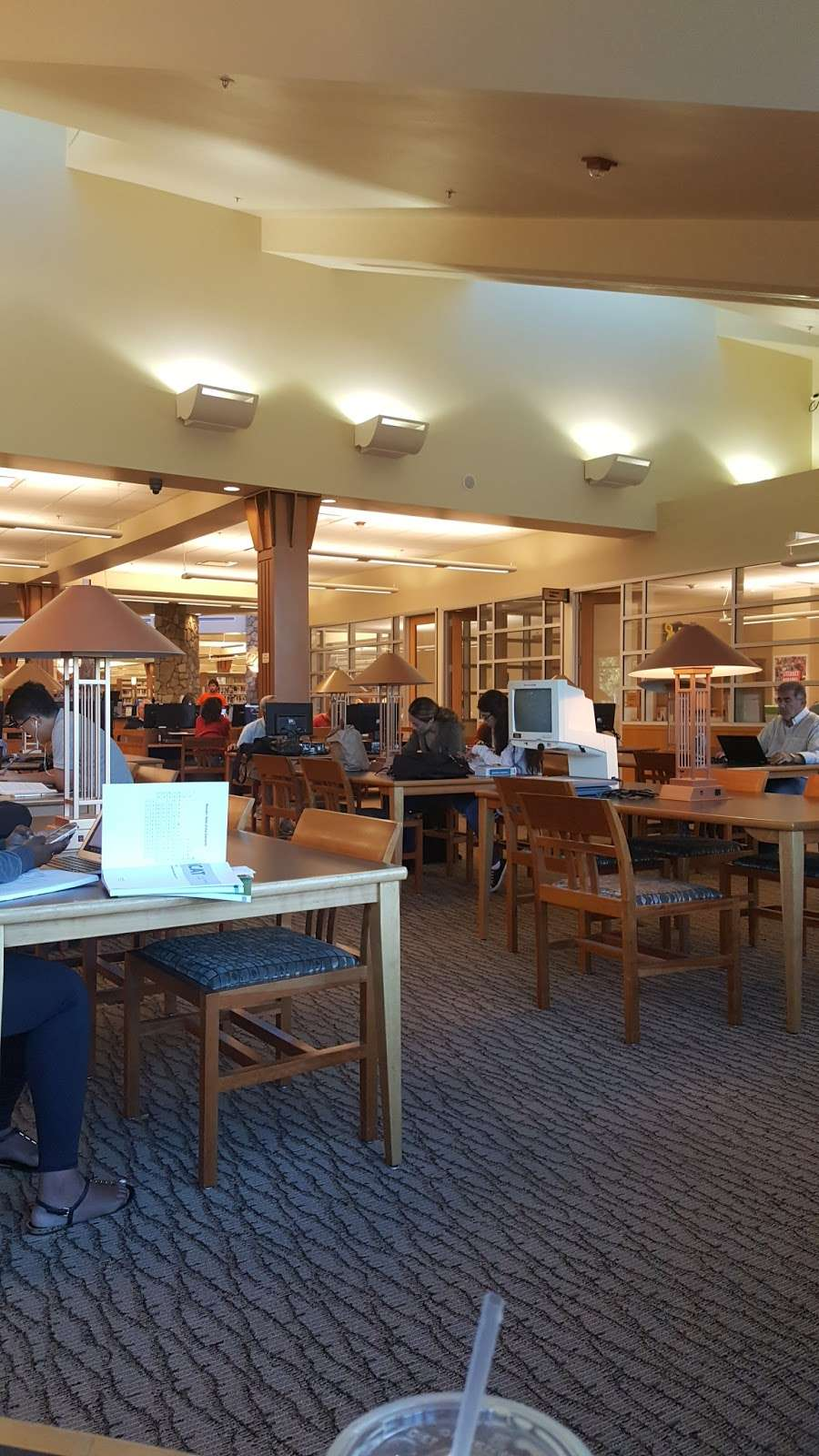 Livermore Public Library - Civic Center - library  | Photo 2 of 10 | Address: 1188 S Livermore Ave, Livermore, CA 94550, USA | Phone: (925) 373-5500