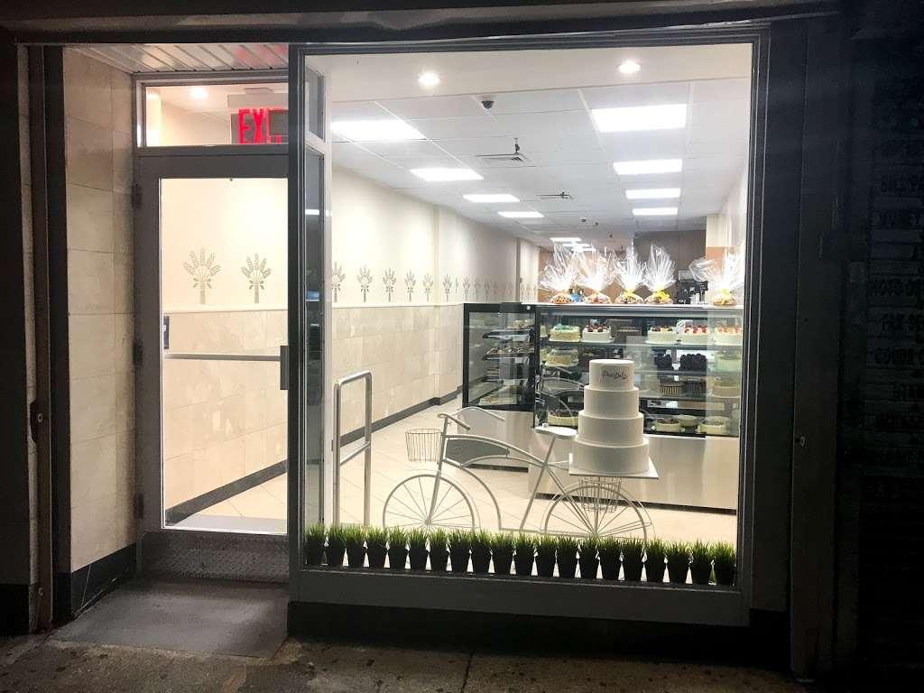 Pani Dolci - bakery  | Photo 2 of 6 | Address: 13767 Queens Blvd, Jamaica, NY 11435, USA | Phone: (718) 526-4407