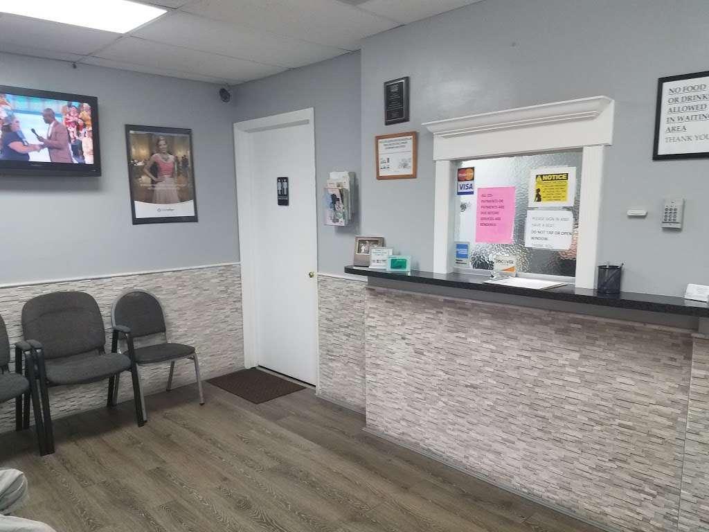 Family Dental Care - dentist    Photo 1 of 3   Address: 1600 FL-7 #400, Fort Lauderdale, FL 33313, USA   Phone: (954) 581-9228