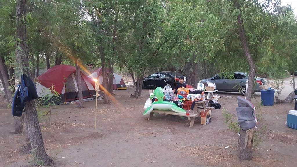 Coyote Cove Lakeside Camping - campground  | Photo 9 of 10 | Address: 32310 Riverside Dr, Lake Elsinore, CA 92530, USA | Phone: (562) 449-7011