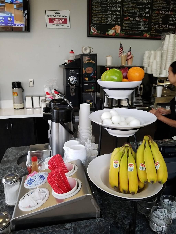 Lindas Coffee House - cafe  | Photo 8 of 10 | Address: 29200 Portola Pkwy STE E, Lake Forest, CA 92630, USA | Phone: (949) 455-1348