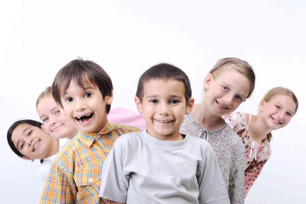 Magicland Dental of Rialto - dentist  | Photo 4 of 8 | Address: 1205 W Renaissance Pkwy Unit 240, Rialto, CA 92376, USA | Phone: (909) 746-5000