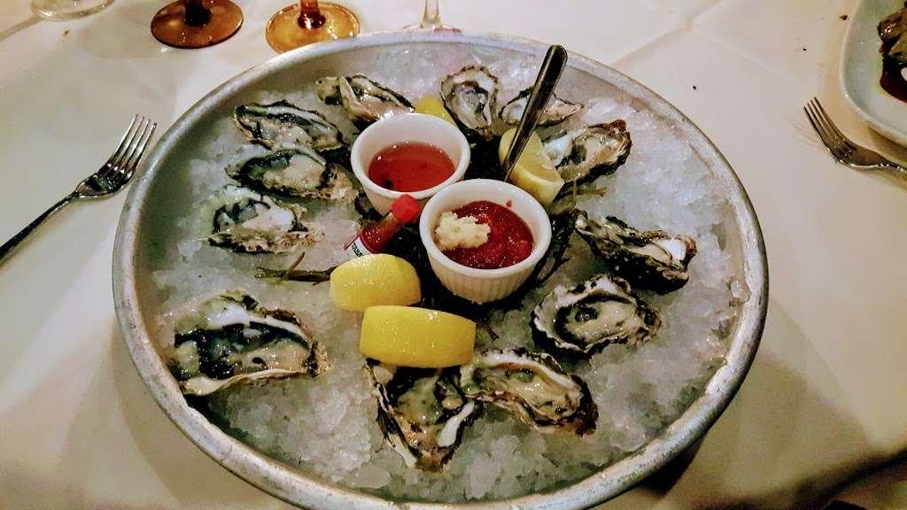 Liberty House Restaurant - restaurant  | Photo 2 of 10 | Address: 76 Audrey Zapp Dr, Jersey City, NJ 07305, USA | Phone: (201) 395-0300