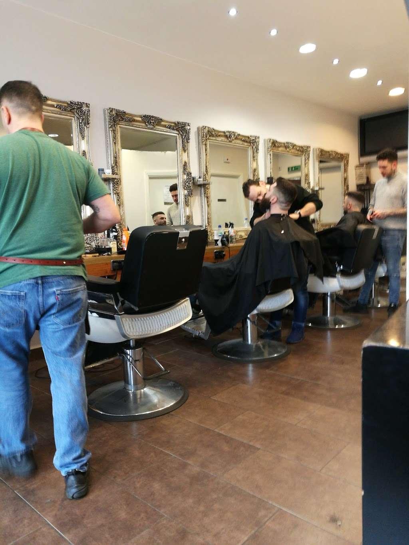 Scotts Of Welwyn - hair care  | Photo 3 of 4 | Address: 115A Moors Walk, Welwyn Garden City AL7 2BQ, UK | Phone: 01707 390690