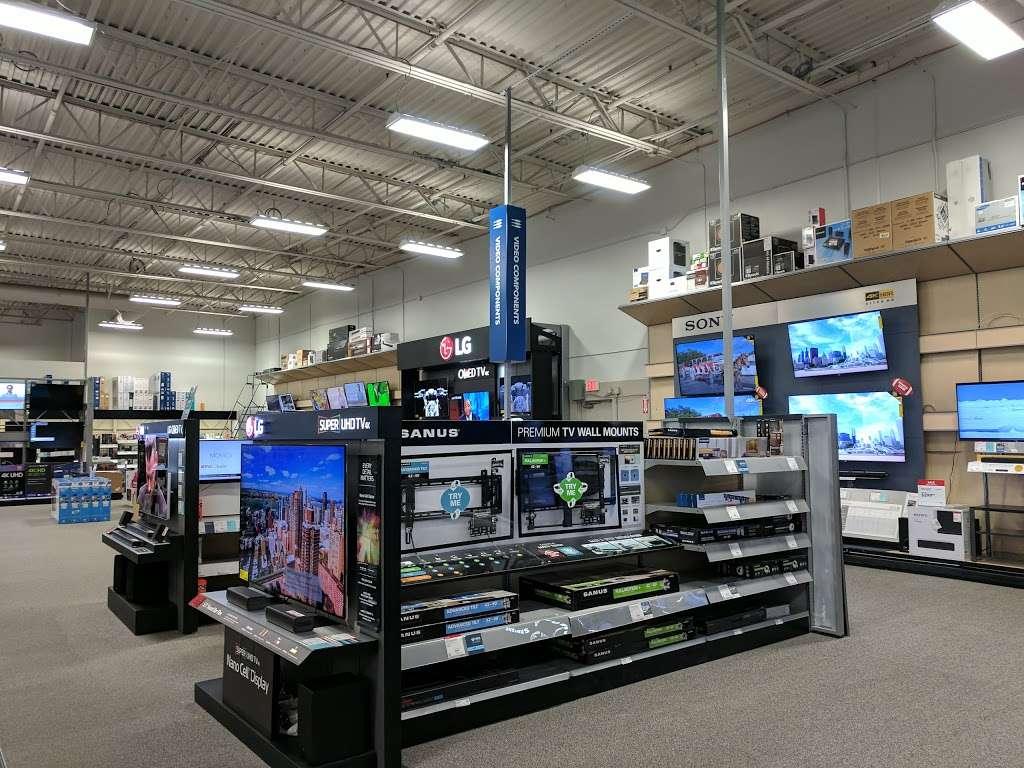 Best Buy - electronics store  | Photo 7 of 10 | Address: 23000 Savi Ranch Pkwy, Yorba Linda, CA 92887, USA | Phone: (714) 685-3235