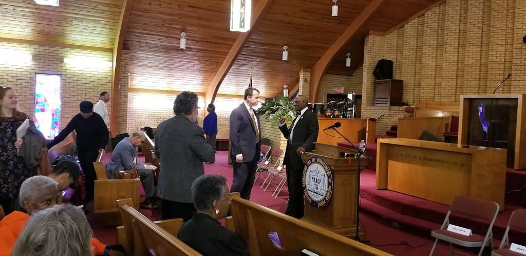 New Light Missionary Baptist Church - church  | Photo 1 of 9 | Address: 1105 Willow Rd, Greensboro, NC 27401, USA | Phone: (336) 273-5579