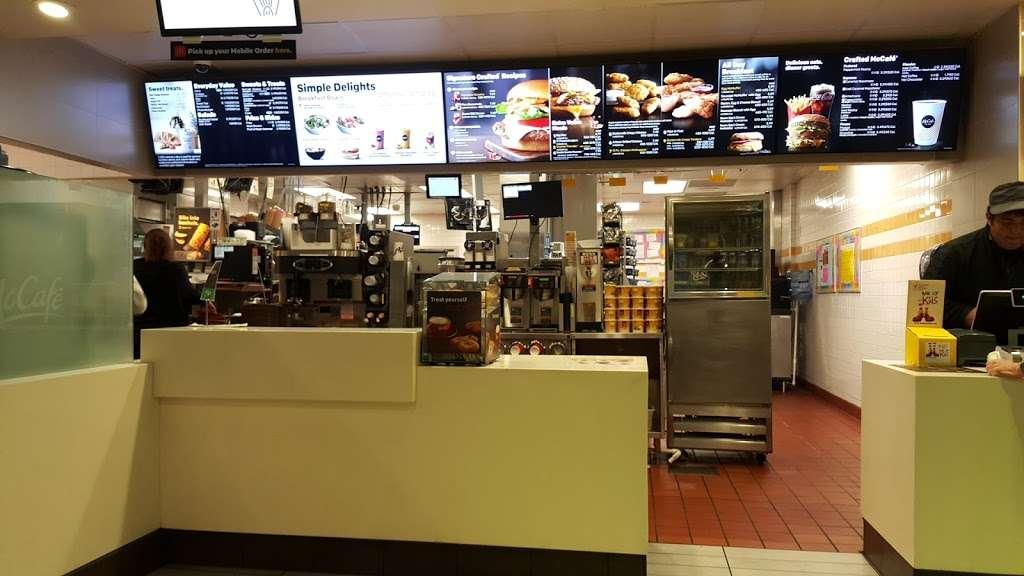 McDonalds - cafe    Photo 2 of 10   Address: 15235 S Figueroa St Ave, Gardena, CA 90248, USA   Phone: (310) 329-5511
