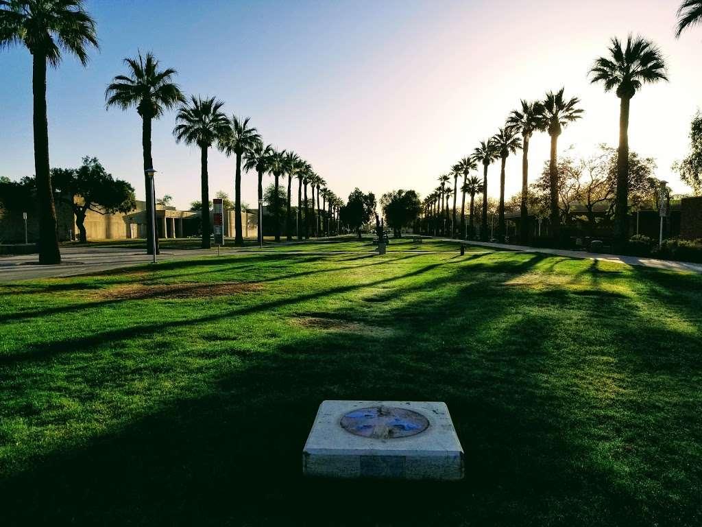 Glendale Community College - university    Photo 6 of 10   Address: 6000 W Olive Ave, Glendale, AZ 85302, USA   Phone: (623) 845-3000