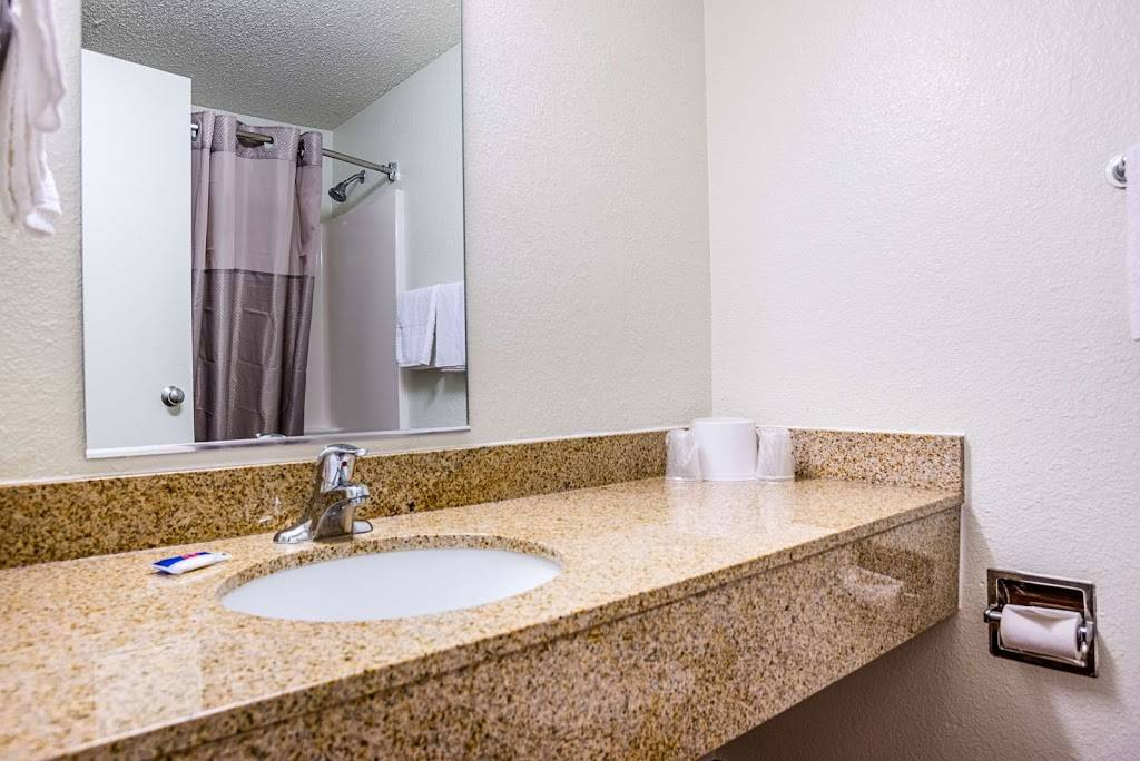 Motel 6 Marana City, AZ - Tuscon - North - lodging  | Photo 4 of 10 | Address: 7277 North Camino De Oeste, Tucson, AZ 85742, USA | Phone: (520) 744-9300