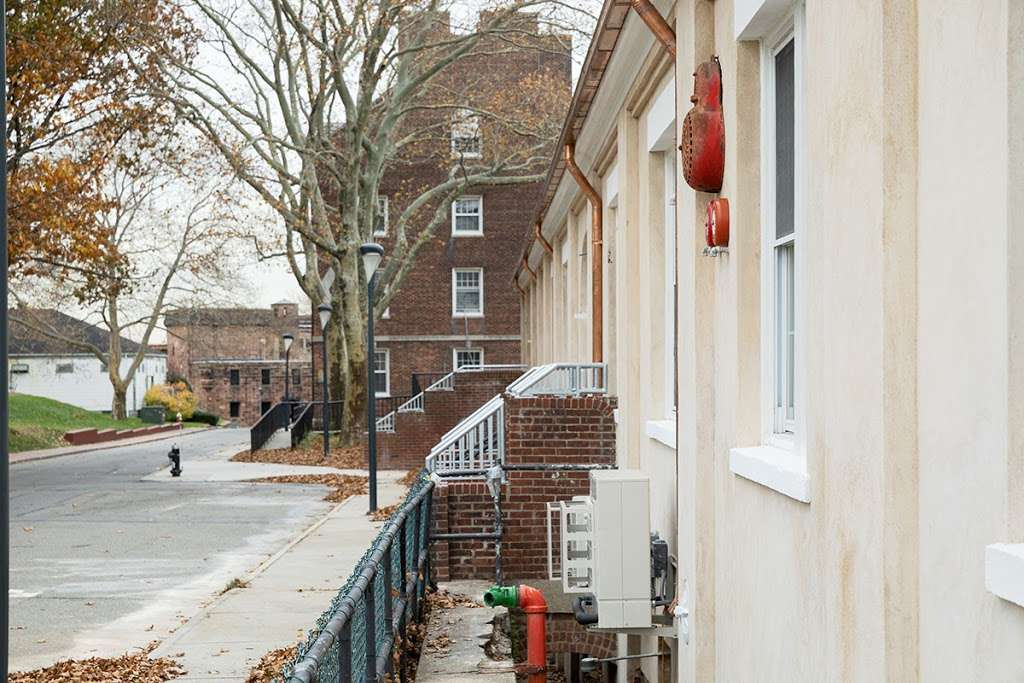 LMCCs Arts Center at Governors Island - museum  | Photo 3 of 4 | Address: 110 Andes Rd, New York, NY 10004, USA | Phone: (212) 219-9401