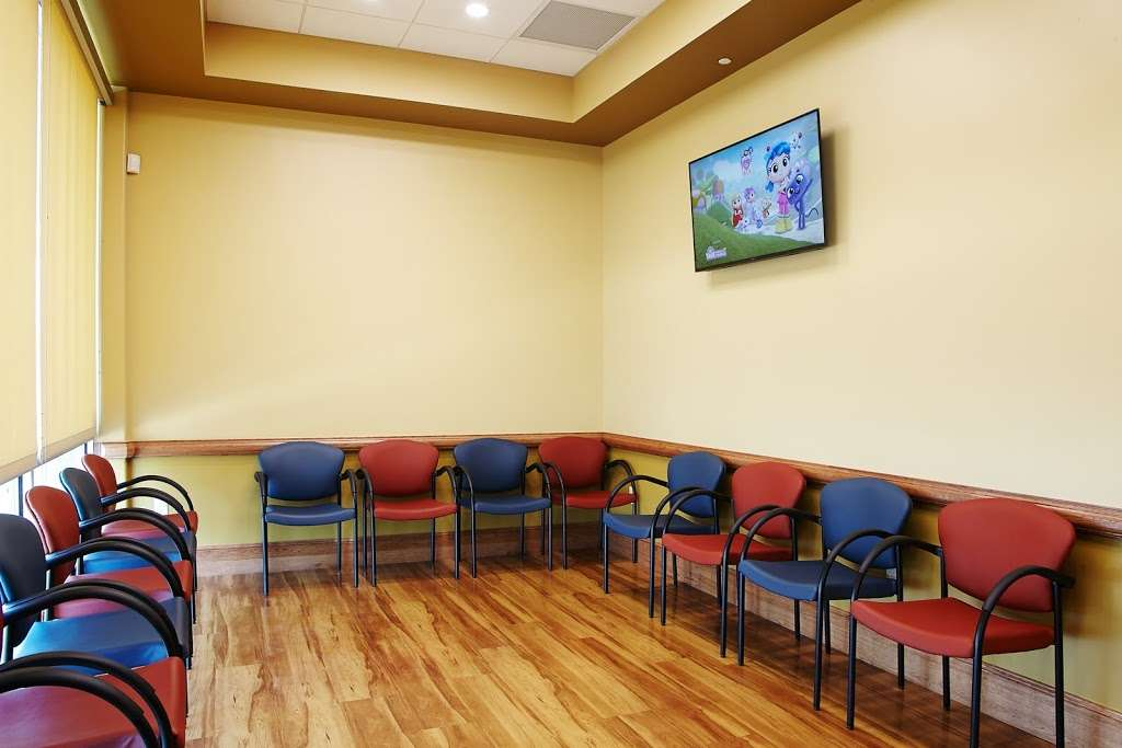 Caring for Kids Pediatrics, PA - doctor    Photo 4 of 5   Address: 12510 Bandera Rd Suite 103, Helotes, TX 78023, USA   Phone: (210) 877-5600