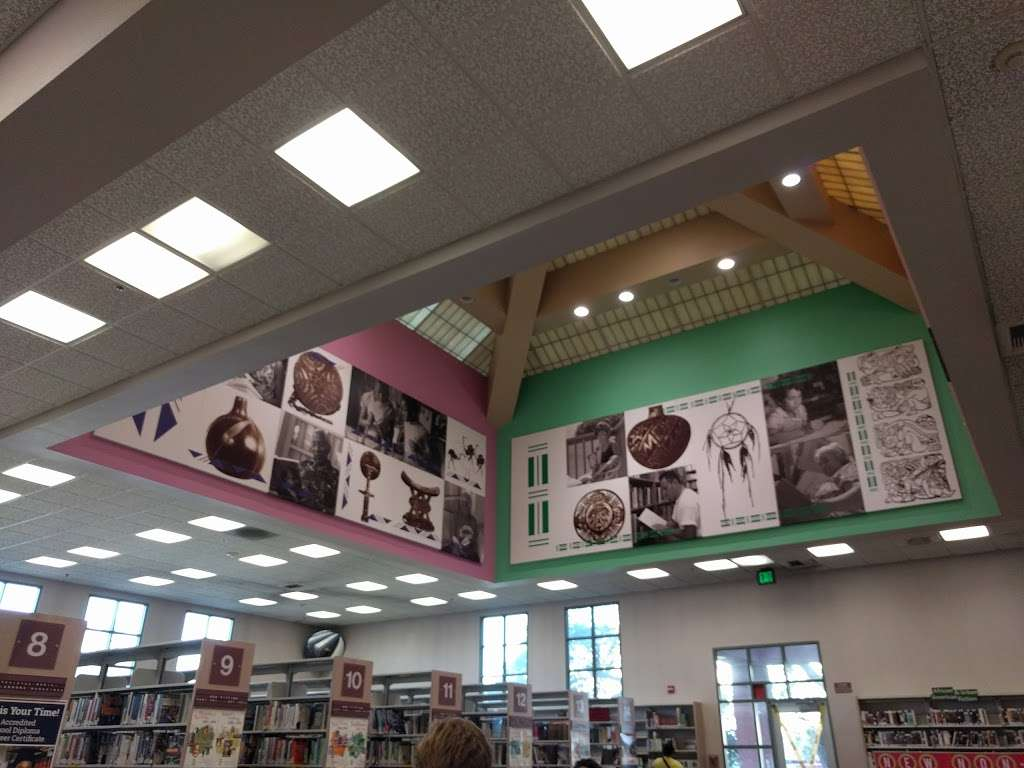 Junipero Serra Branch Library - library  | Photo 6 of 8 | Address: 4607 S Main St, Los Angeles, CA 90037, USA | Phone: (323) 234-1685