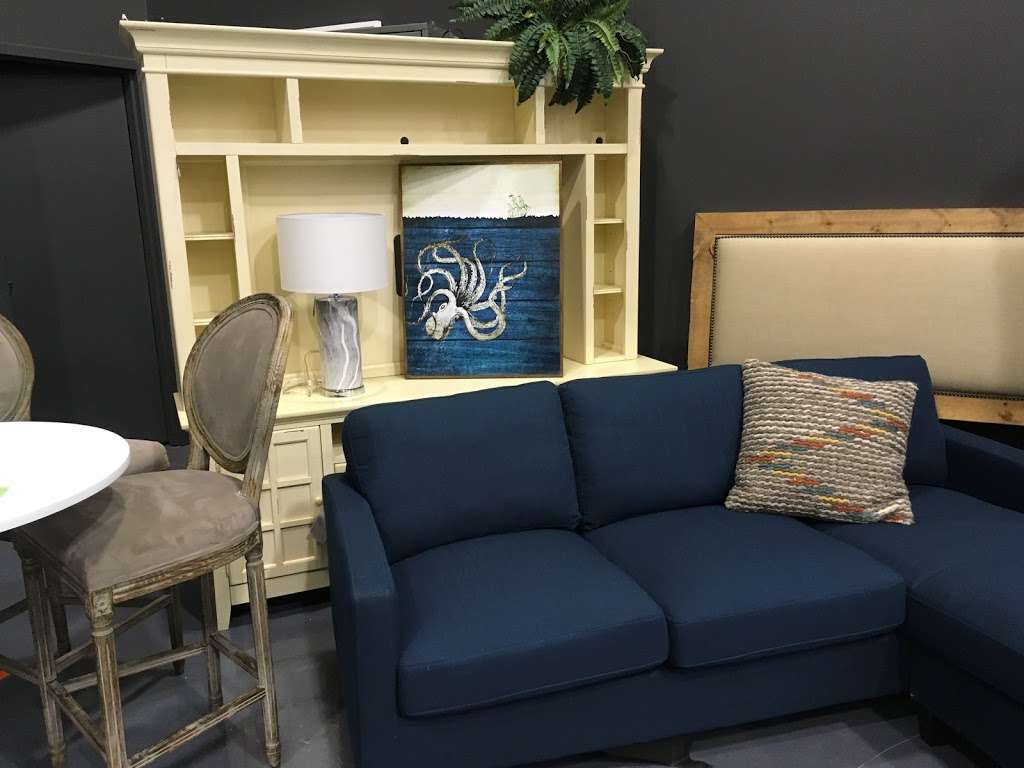 Salvage Plus - furniture store  | Photo 3 of 10 | Address: 815 Willowbrook Dr, Schererville, IN 46375, USA | Phone: (219) 515-2522