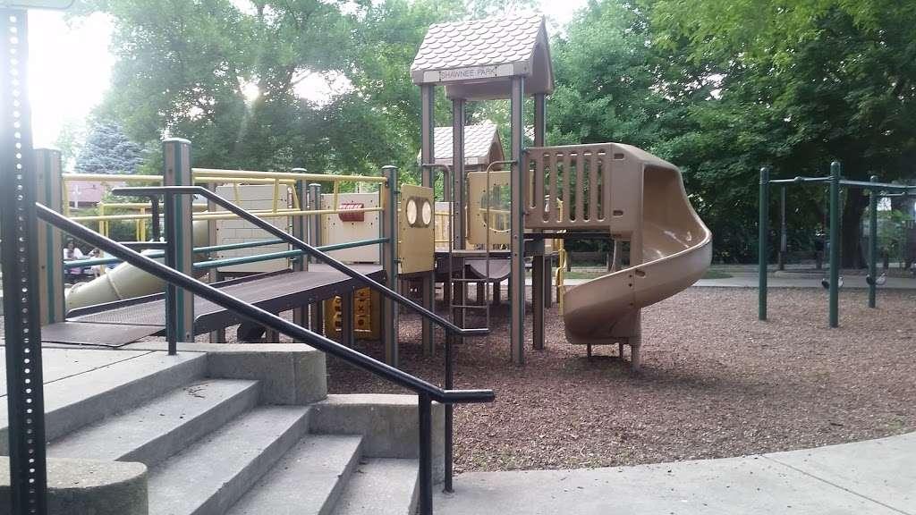 Shawnee Park - park  | Photo 8 of 10 | Address: Skokie, IL 60076, USA