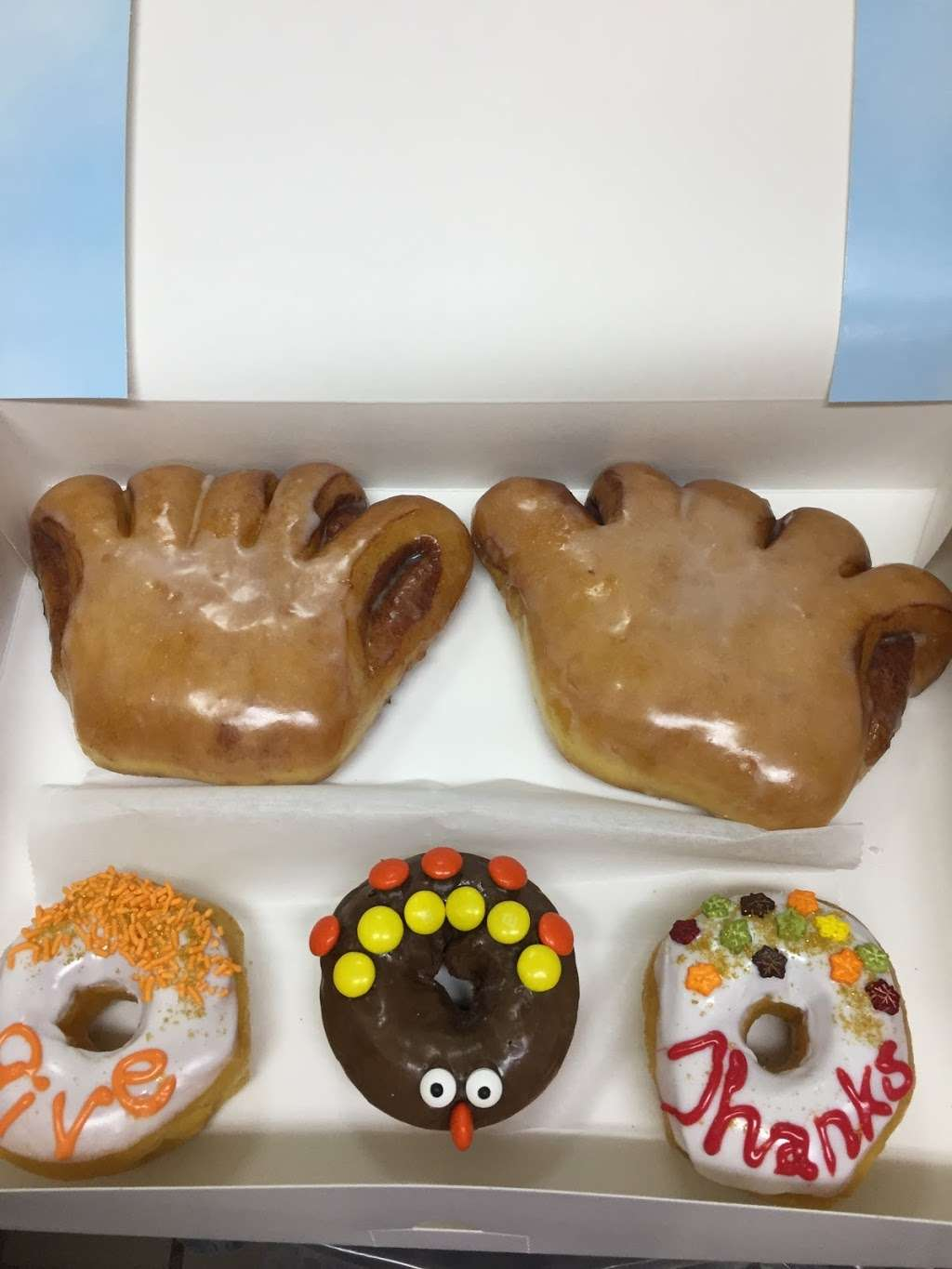 Donut City - bakery  | Photo 5 of 10 | Address: 205 N Denton Tap Rd # 200, Coppell, TX 75019, USA | Phone: (972) 462-0408