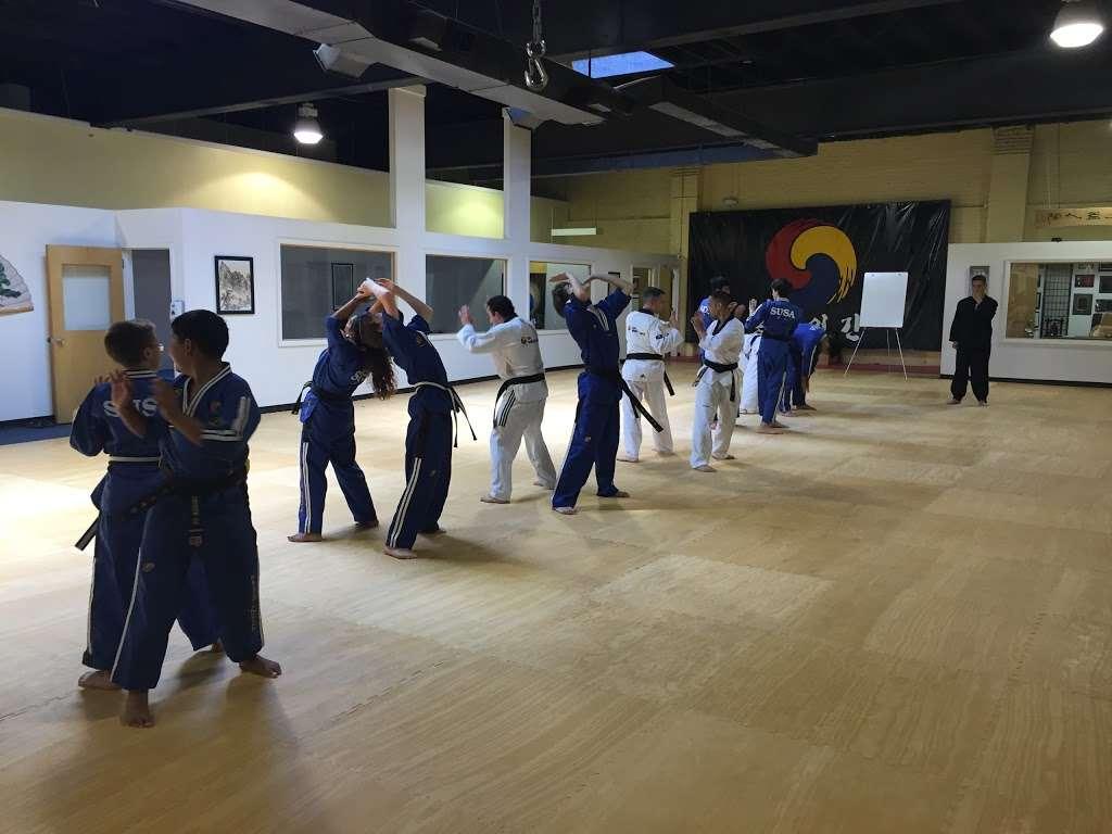 Hongik Martial Arts - health    Photo 1 of 6   Address: 36-12 Broadway, Fair Lawn, NJ 07410, USA   Phone: (201) 794-3636