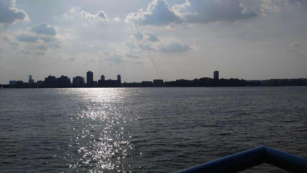Pier 51 - park  | Photo 6 of 10 | Address: New York, NY 10014, USA