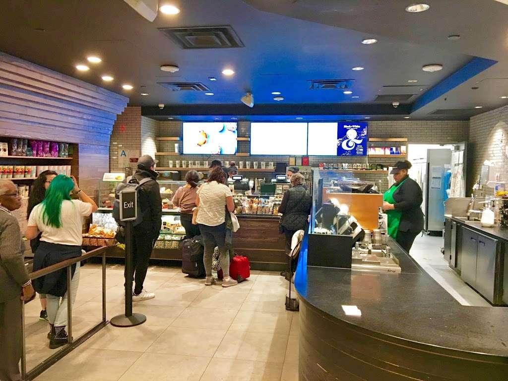 Starbucks - cafe  | Photo 10 of 10 | Address: 201 World Way, Los Angeles, CA 90045, USA | Phone: (310) 646-3472