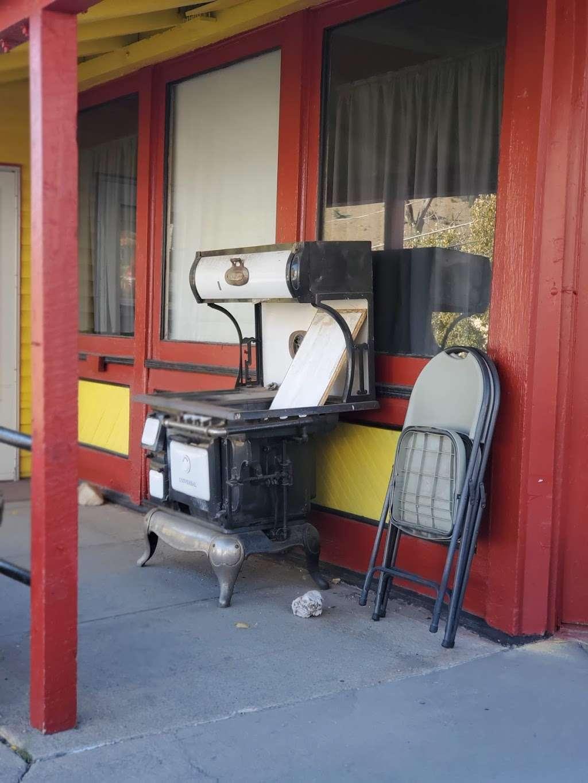 Hardrock Cafe of Empire Co - restaurant  | Photo 7 of 10 | Address: 18 Park Ave, Empire, CO 80438, USA | Phone: (720) 739-2337