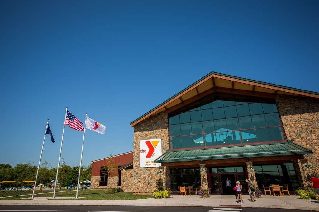 Upper Perkiomen Valley YMCA - gym  | Photo 3 of 10 | Address: 1399 Quakertown Rd, Pennsburg, PA 18073, USA | Phone: (215) 679-9622