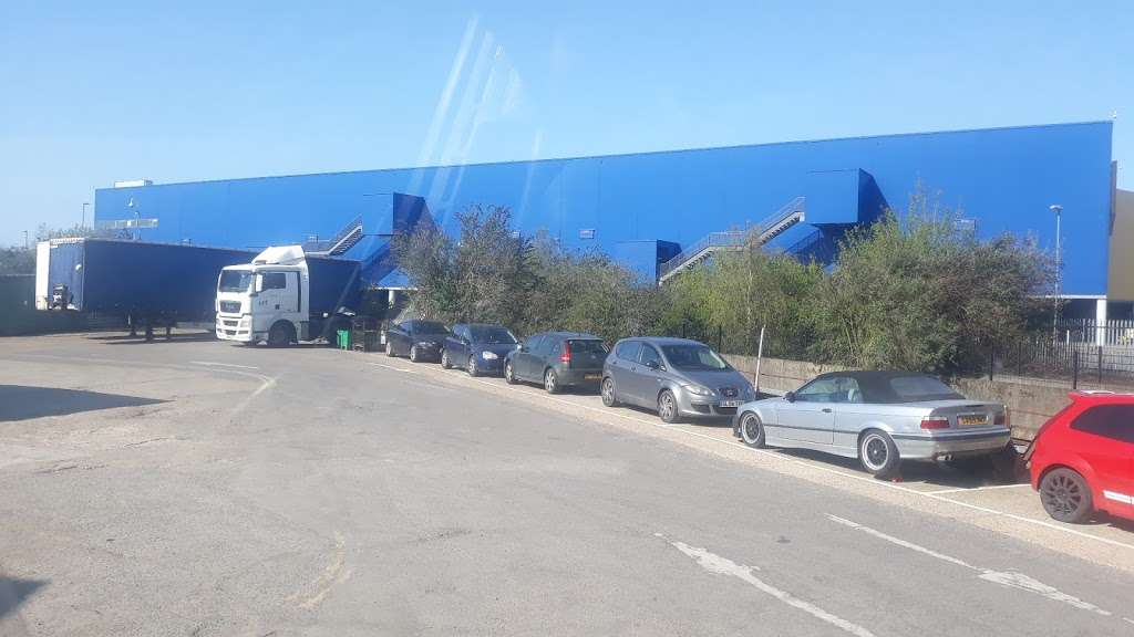 DC I & E Food Ltd - store  | Photo 3 of 3 | Address: Building, 8 Argon Rd, London N18 3BW, UK | Phone: 020 8887 6898