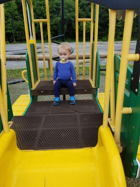 Carneys Point Recreational Park - park  | Photo 3 of 10 | Address: 229 Penns Grove Auburn Rd, Pedricktown, NJ 08067, USA | Phone: (609) 254-0000