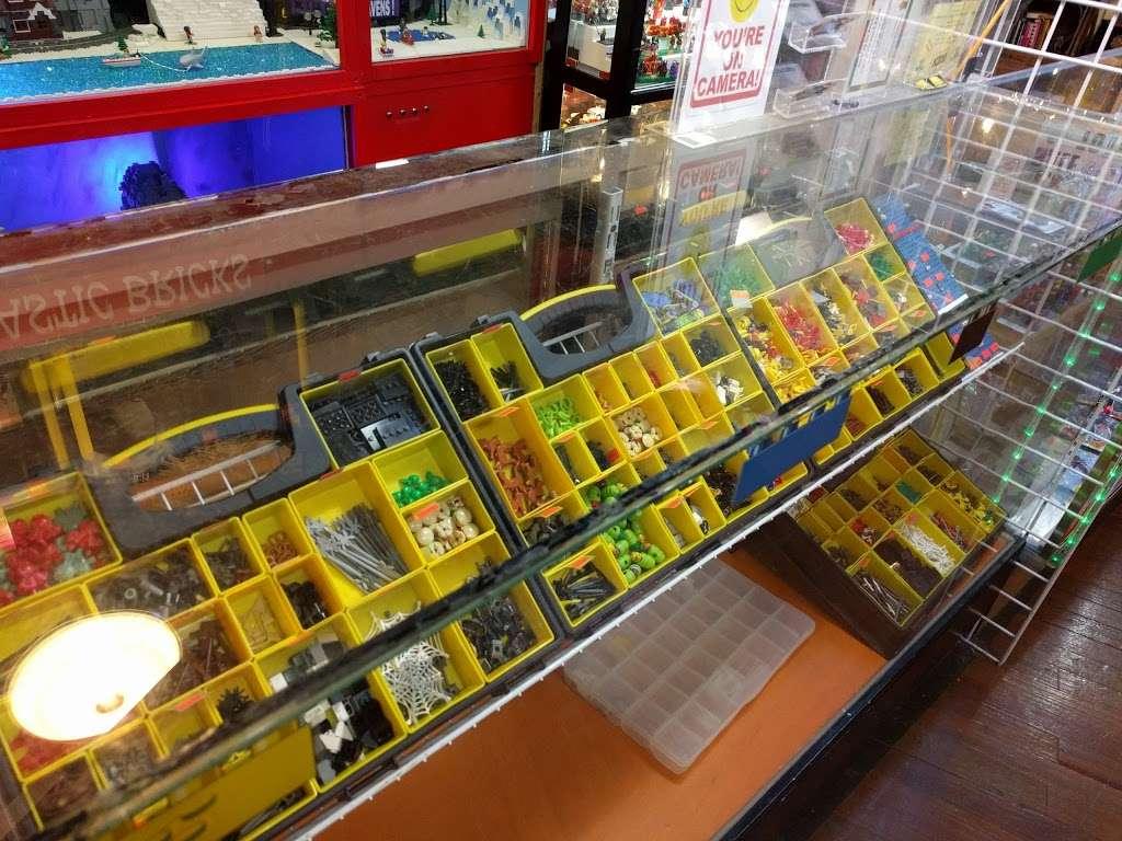 CLASSIC PLASTIC BRICKS - store  | Photo 3 of 10 | Address: 3720 Maryland Ave, Ellicott City, MD 21043, USA | Phone: (410) 941-9073