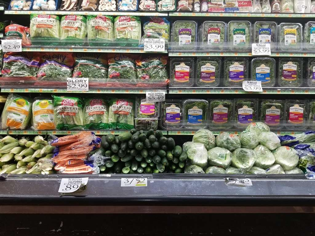 Ideal Food Basket - supermarket  | Photo 9 of 10 | Address: 631 Gates Ave, Brooklyn, NY 11221, USA | Phone: (718) 453-6032