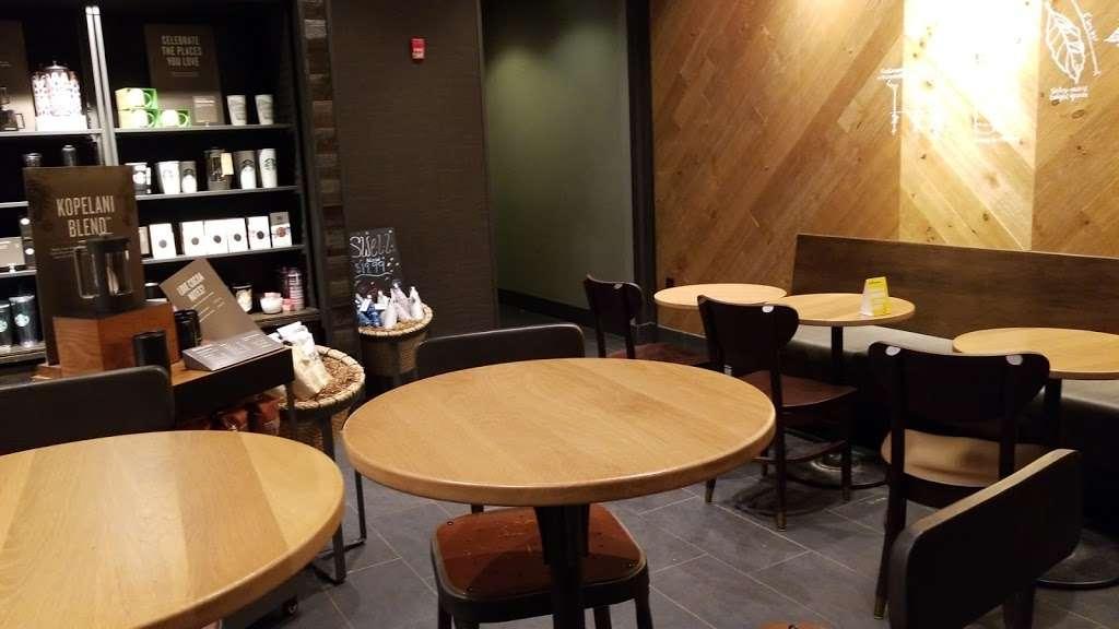 Starbucks - cafe  | Photo 6 of 10 | Address: 6537 S 27th St A, Franklin, WI 53132, USA | Phone: (414) 304-7208