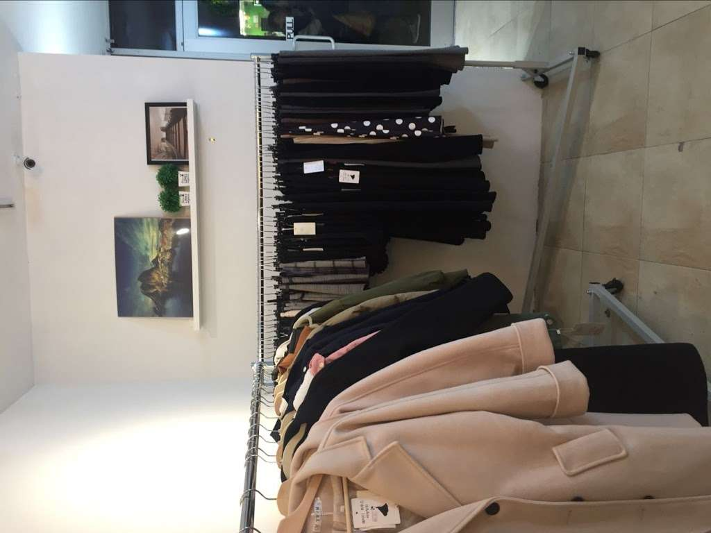 Lady House - clothing store  | Photo 4 of 10 | Address: 6813 18th Ave, Brooklyn, NY 11204, USA | Phone: (929) 509-7315