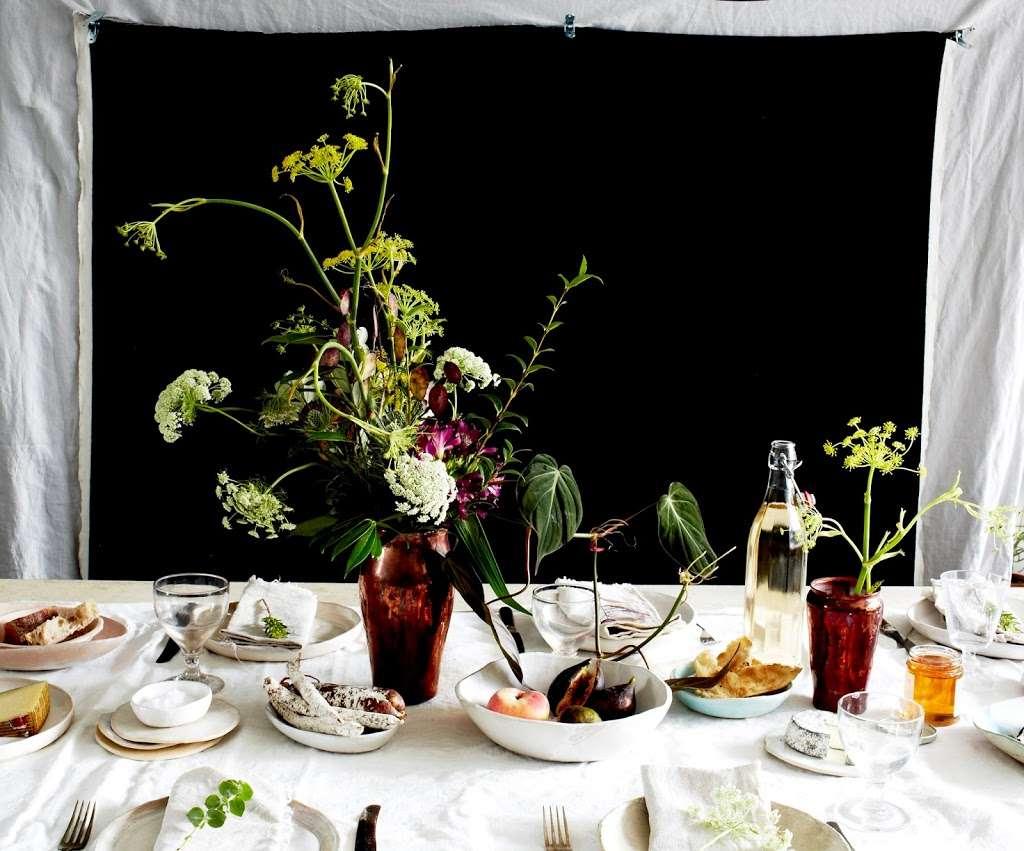 Grace and Thorn - florist  | Photo 8 of 10 | Address: 338 Hackney Rd, London E2 7AX, UK | Phone: 020 7739 1521