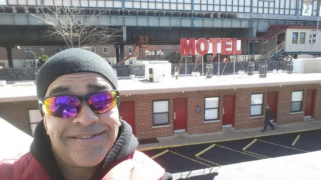 Hutchinson Whitestone Motel - lodging  | Photo 10 of 10 | Address: 2815 Westchester Ave, The Bronx, NY 10461, USA | Phone: (718) 824-5840