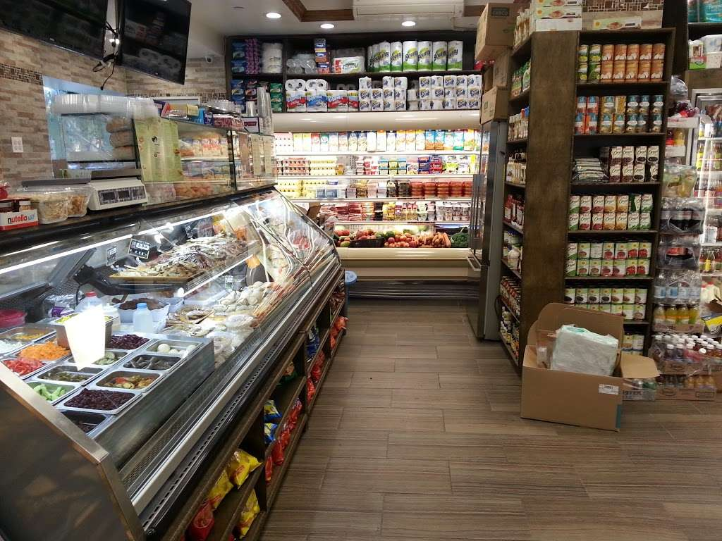 Garden Gourmet - store  | Photo 6 of 10 | Address: 2019 1st Avenue, New York, NY 10029, USA | Phone: (212) 722-2009