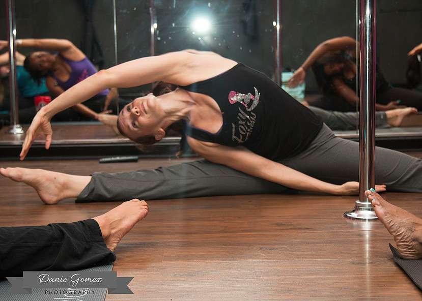 Foxy Fitness Studio & Pole - gym  | Photo 9 of 10 | Address: 8010 W Colonial Dr Ste #130, Orlando, FL 32818, USA | Phone: (407) 253-2369