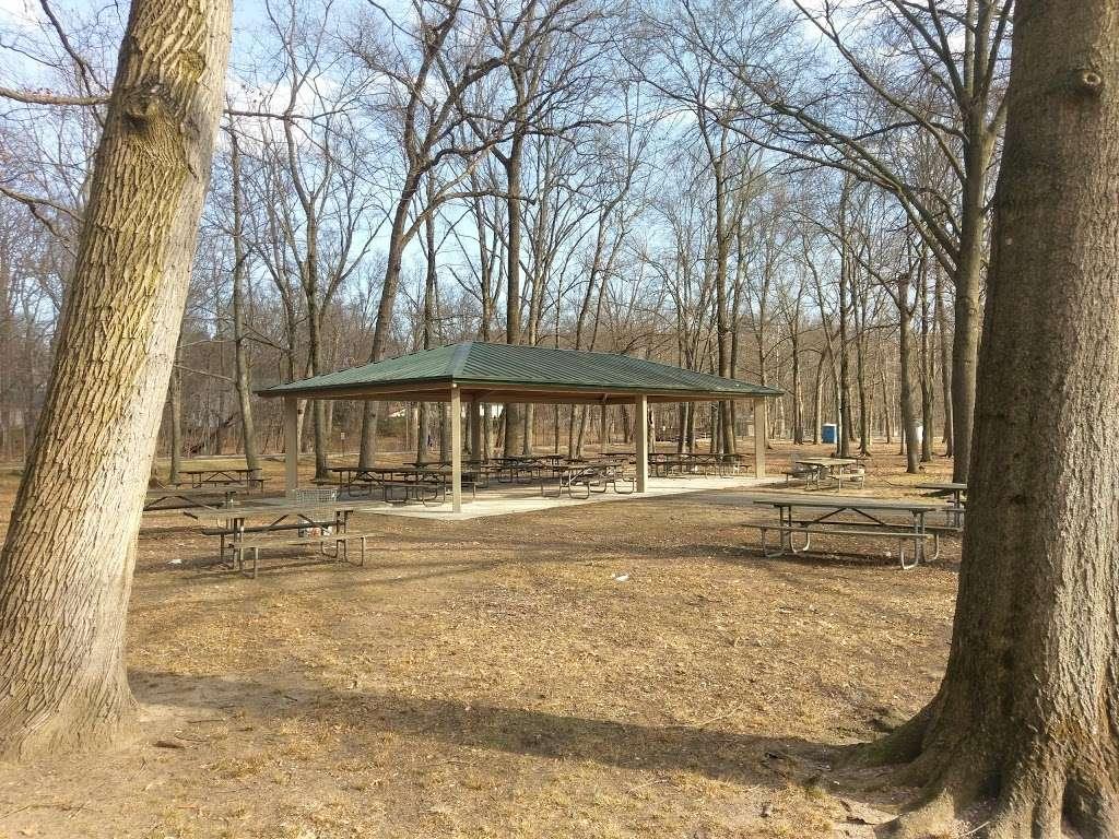 Wood Dale County Park - park    Photo 4 of 10   Address: 100 Prospect Ave, Woodcliff Lake, NJ 07677, USA   Phone: (201) 336-7275
