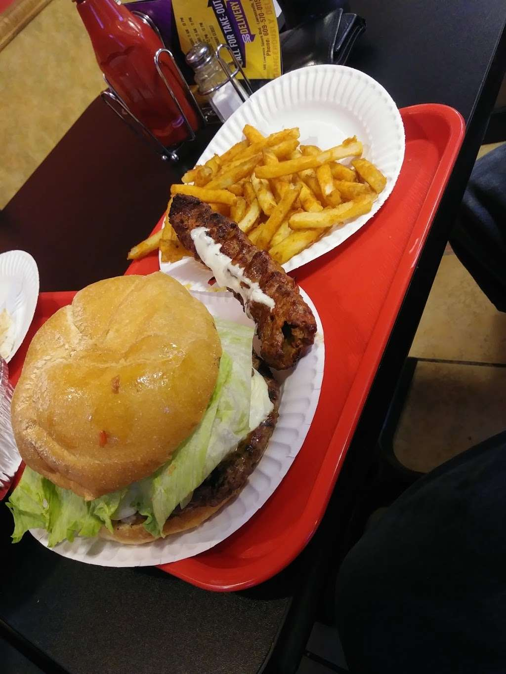 Halal Burger Zone - restaurant  | Photo 9 of 10 | Address: 586 Lawrence Square Blvd S, Lawrence Township, NJ 08648, USA | Phone: (609) 570-0115
