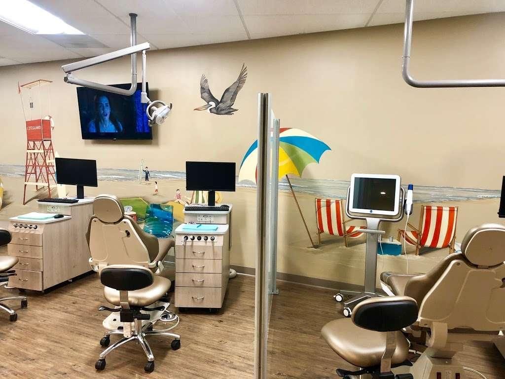 Surfside Kids Dental Almaden Valley - dentist  | Photo 2 of 10 | Address: 6942 Almaden Expy, San Jose, CA 95120, USA | Phone: (408) 498-7897