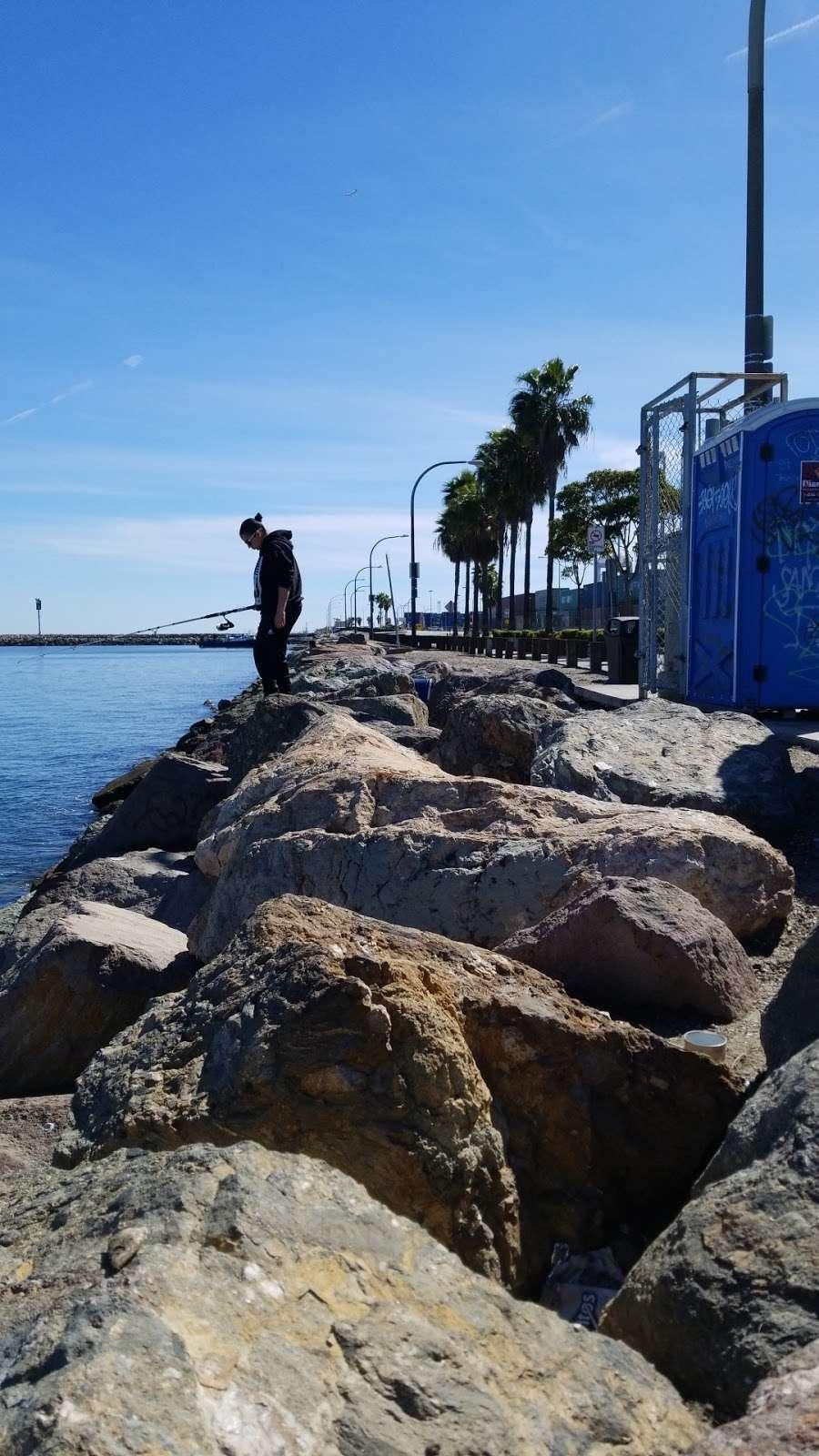 Pier J - Fishing Spot - park  | Photo 10 of 10 | Address: Long Beach, CA 90802, USA