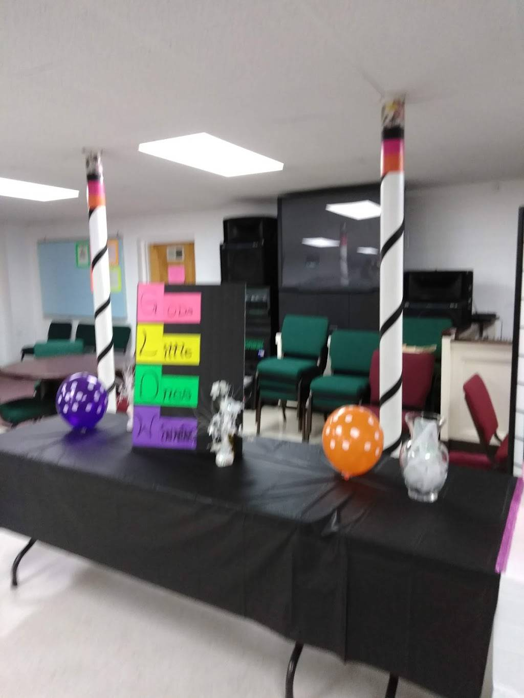 Seed Time & Harvest Fellowship Church - church  | Photo 9 of 10 | Address: 804 Berwyn Ave, Durham, NC 27704, USA | Phone: (919) 220-2896