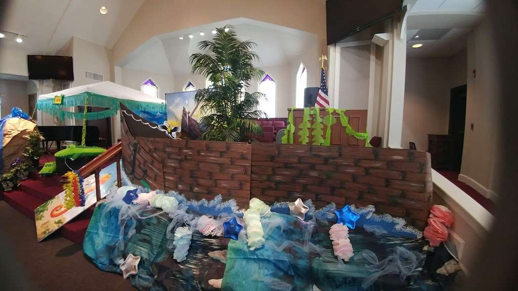 Montgomery United Methodist Church - church  | Photo 5 of 10 | Address: 22548 TX-105, Montgomery, TX 77356, USA | Phone: (936) 597-6162